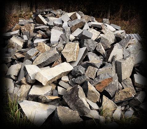 Камень бутовый для забутовки фундаментов. Бут для траншей.